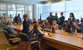 VINVEST 2019 – Prezența unui călugăr de la Muntele Athos, degustări de vinuri vechi de 60 de ani și spumant cu particule de aur